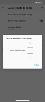 Como definir um aviso e limite de uso de dados - Motorola Edge - Passo 7
