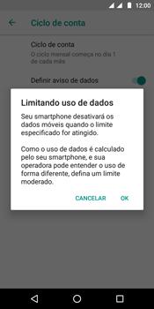 Como definir um aviso e limite de uso de dados - Motorola Moto E5 - Passo 11
