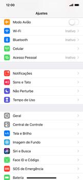 Como ativar e desativar o roaming de dados - Apple iPhone XR - Passo 2
