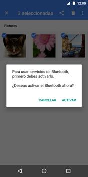 Transferir fotos vía Bluetooth - Motorola Moto E5 - Passo 10