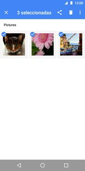 Transferir fotos vía Bluetooth - Motorola Moto E5 - Passo 8
