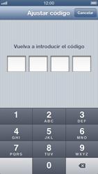 Activa o desactiva el uso del código de seguridad - Apple iPhone 5 - Passo 6