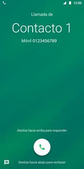Contesta, rechaza o silencia una llamada - Motorola Moto G6 Plus - Passo 3