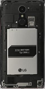 Cómo insertar la SIM card - LG K10 2017 - Passo 3