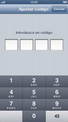 Activa o desactiva el uso del código de seguridad - Apple iPhone 5 - Passo 5