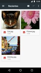Envía fotos, videos y audio por mensaje de texto - Motorola Moto G5 - Passo 12