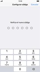 Activa o desactiva el uso del código de seguridad - Apple iPhone 8 - Passo 6