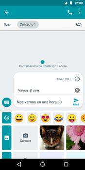 Envía fotos, videos y audio por mensaje de texto - Motorola Moto G6 Play - Passo 10