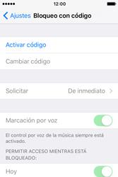 Activa o desactiva el uso del código de seguridad - Apple iPhone 4s - Passo 3