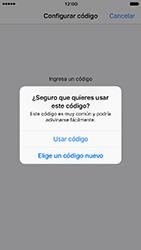 Activa o desactiva el uso del código de seguridad - Apple iPhone 7 - Passo 7