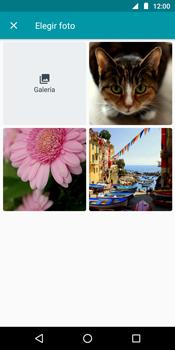 Envía fotos, videos y audio por mensaje de texto - Motorola Moto G6 Play - Passo 11