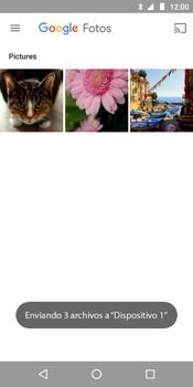 Transferir fotos vía Bluetooth - Motorola Moto E5 - Passo 12