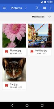 Envía fotos, videos y audio por mensaje de texto - Motorola Moto G6 Plus - Passo 15