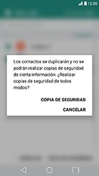 ¿Tu equipo puede copiar contactos a la SIM card? - LG K10 2017 - Passo 12